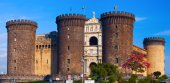 New Castle, often called Maschio Angioino. Naples, Italy — Stock Photo