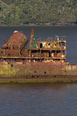 Ship wreck in a fjord of Patagonia — Stock fotografie