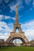 Eiffel Tower in Paris, France. — Stock Photo