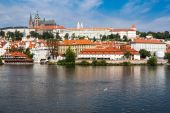 Prague Castle in a sunny day — Stock Photo