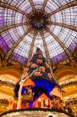 Galeries Lafayette in Paris during Christmas — Stock Photo