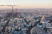 Paris skyline at sunset. — Stock Photo