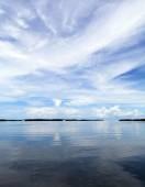 Blue sky over the Atlantic Ocean — ストック写真