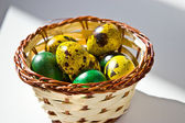 The tradition of painting eggs for Easter — Stock Photo