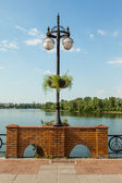 Single lantern on the embankment — Stock Photo