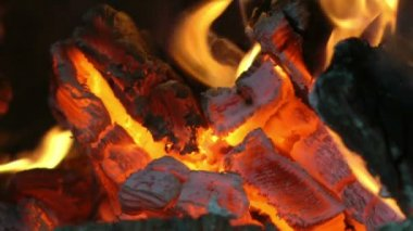 暖炉の薪 — ストックビデオ