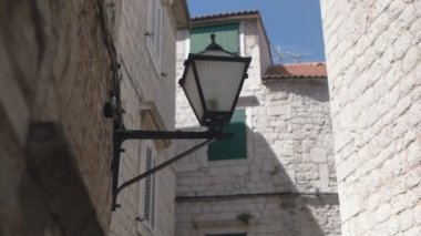 Chandelier in the old city in slow motion — Stock Video