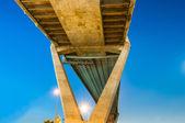 Crepuscolo in autostrada di vista panorama Bhumibol Bridge — Foto Stock
