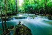 Huay Mae Kamin Waterfall National Park, Kanchanaburi, Thailand — Stock Photo