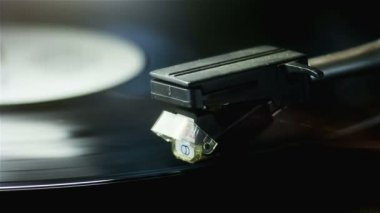 Player Playing a Vinyl Record — Stock Video
