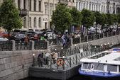 Sightseeing boat on the river Fontanka — Стоковое фото