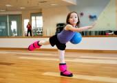 Child doing gymnastics — Stock Photo