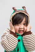 Asian Girl Shivering Background / Asian Girl Shivering / Asian Girl Shivering, Studio Isolated Background — Stock Photo