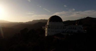 Aerial. Flying over Griffith Observatory. Los Angeles, California — Stock Video