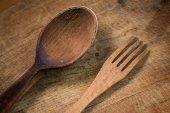 Drewniany widelec i łyżka — Zdjęcie stockowe