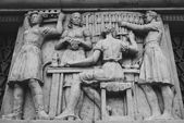 Bas-relief in metro station — Stock Photo