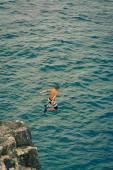 Boy diving — Stock Photo