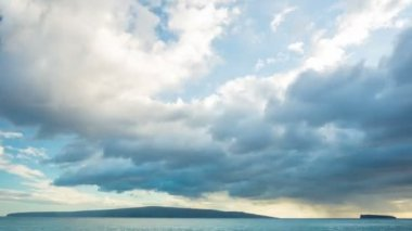 Sunset Time Lapse Over Hawaiian Islands. — Stock Video