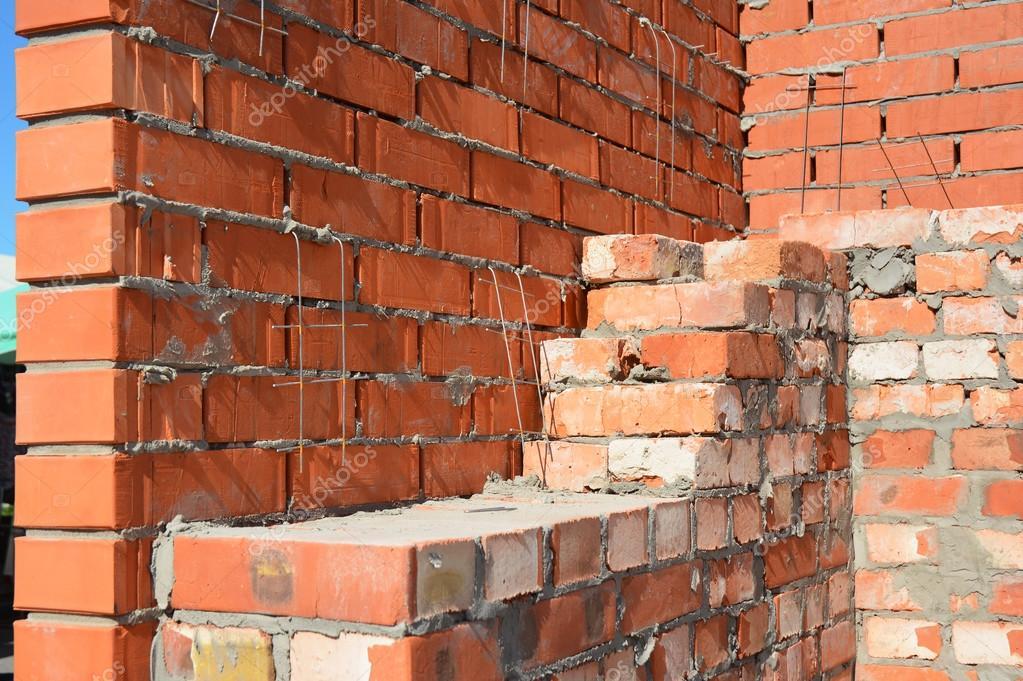 Cierre para arriba en sitio de construcci n de casa de - Precios de ladrillos para construccion ...