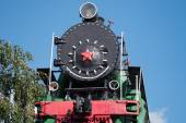 Old steam locomotive frontal view — Stock Photo