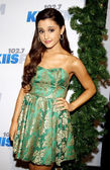 Ariana Grande in Los Angeles — Stock Photo
