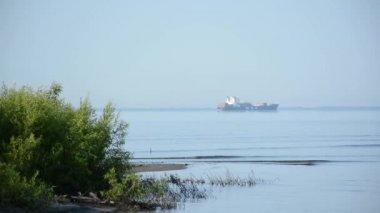 Carga sobre o St Lawrence Seaway — Vídeo stock