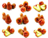 Rose apples or chomphu isolated on white background — Stock Photo