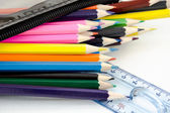 Färg penna för skolan — Stockfoto