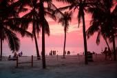 Bangsaen Beach at sunset — Stock Photo