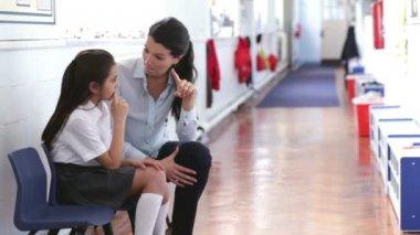 Supportive Teacher — Stock Video
