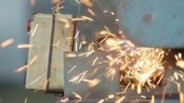 Cutting A Metal Object With Plasma Cutter — Stock Video