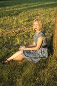 Pretty girl in the Park — Stock Photo