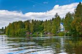 Summer cotages near lake in Finland. — Stock Photo