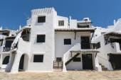 View of a typical residence of fishing village of Binibeca, Minorca, Spain — Stock Photo