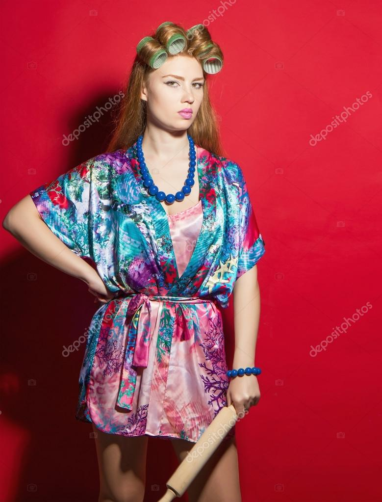 Знойная домохозяйка в халате фото 507-901