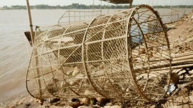 Bamboo fish trap — Stock Video