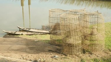 Bamboo fish traps — Stock Video