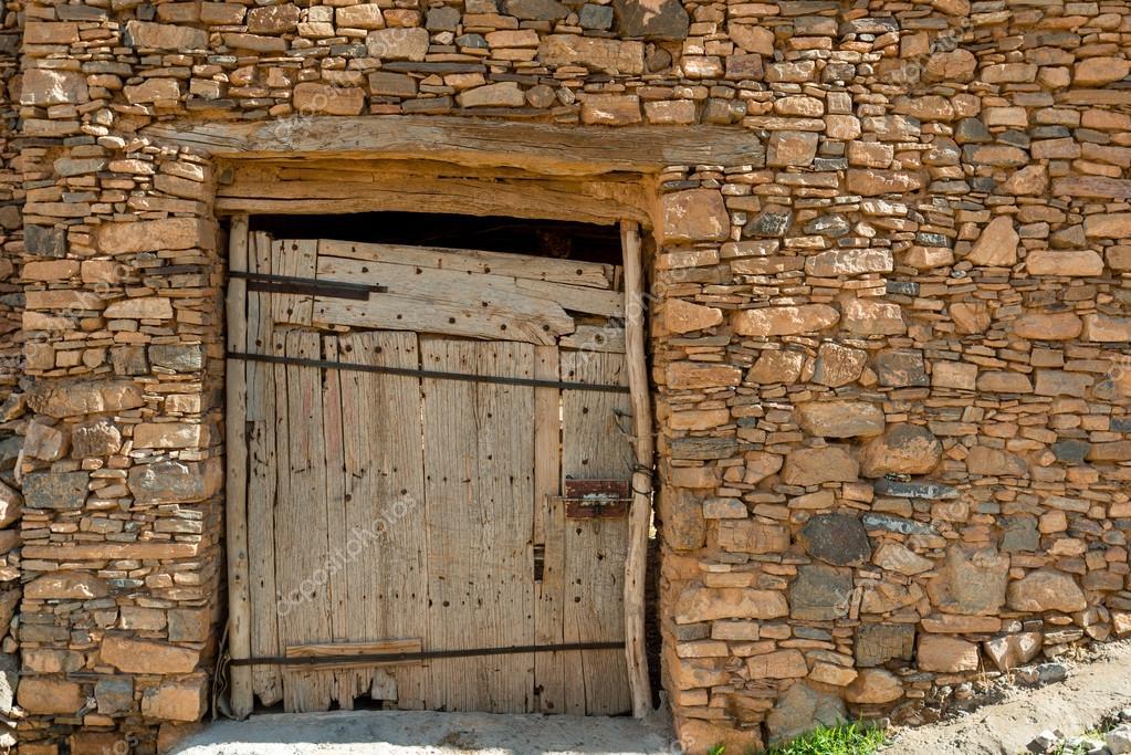 Secured door of a grain store \u2014 Stock Photo #109687256 & Secured door of a grain store \u2014 Stock Photo © Cornfield #109687256 Pezcame.Com
