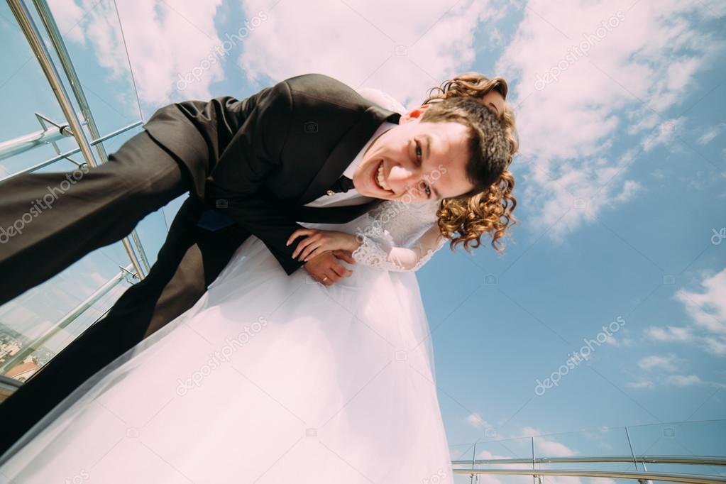 фото невест снизу