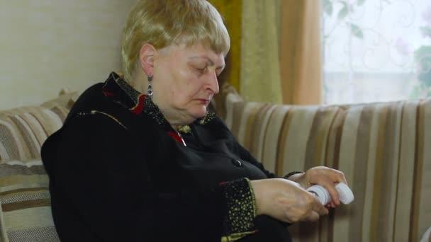 Бабушка старая видео фото 706-891