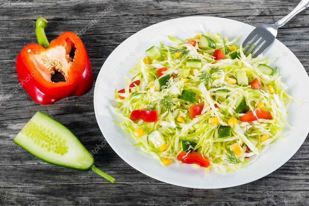 Салат огурец помидор.перец калории