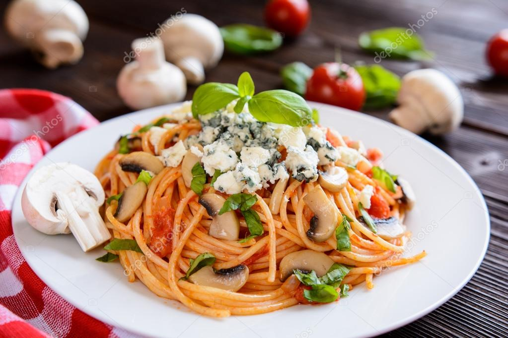 Ensalada de pasta de espagueti con champi ones queso azul - Espaguetis con gambas y champinones ...
