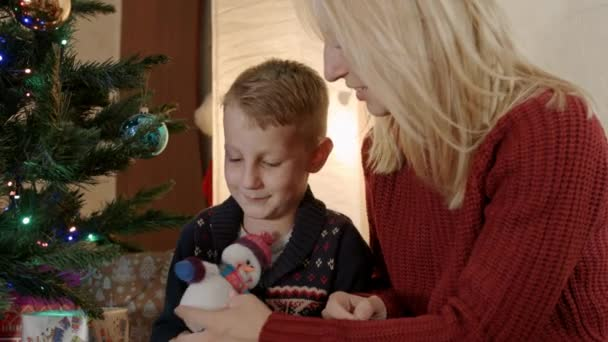 Видеоролик матери с сыном фото 797-488