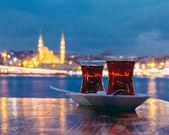 Typický turecký čaj