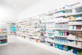 Produkte, angeordnet in Apotheke