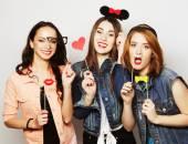 Hipster dívky nejlepší přátelé připraven pro stranu