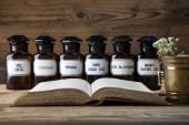 Starověké přírodní medicíny, bylin a léků