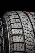Studless zimní pneu protektor