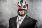 Podnikatel se mexický zápasník maska