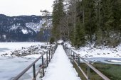 Bridge over the lake eibsee